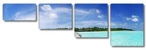 Пристань, ведущая к тропическому атоллу