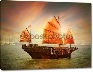 гонконгская лодка барахла