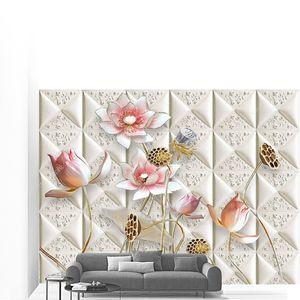 Тисненая плитка,  цветы на позолоченных стеблях
