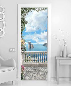 Вид на море с цветущей террасы