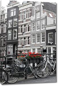 Черно-белый Амстердам