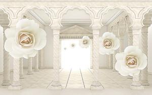 Цветы на фоне колонного зала