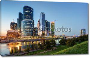 Москва Сити (Московский Международный деловой центр) в ночное время