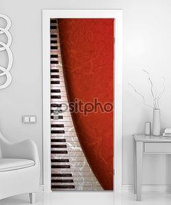 Гранж-фон с пианино