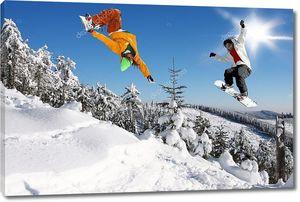 Сноубордисты  в высоких горах
