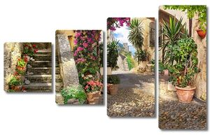 Живописная улица с множеством растений