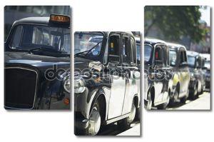 Такси Лондона, выстроились на тротуаре