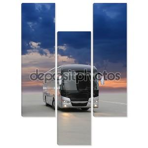 автобус на асфальте вечером на закате
