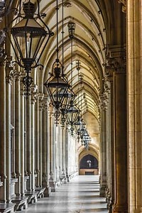 заделывают высокий готический здание Венская ратуша, Австрия