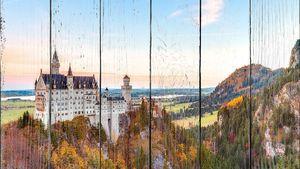 Осенний пейзаж с замком
