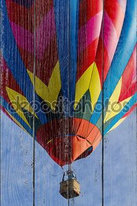 Летний фестиваль горячим воздухом шар