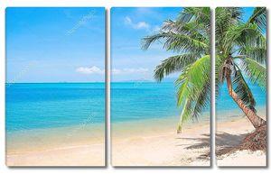 Пляж с голубым океаном