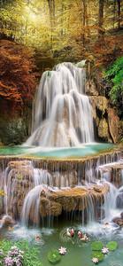 Водопад осенним днем