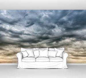 резкое небо перед штормом