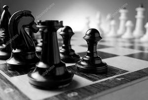 Черно-белая шахматная доска