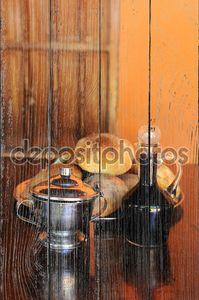 Натюрморт с хлебом, кофе и сахаром