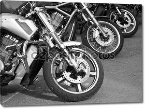 Мотоциклы на улицах