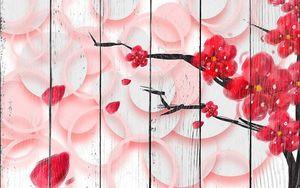 Цветущее дерево с красными цветами