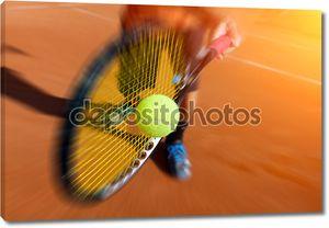 теннисист в действии