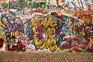 Любовь на стене Леннон