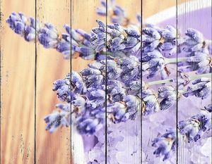 Цветы лаванды и соль для ванны