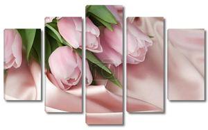 Красивые тюльпаны и шелка