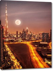 Дубай в лунном свете
