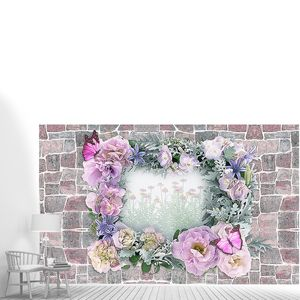 Цветы окружающие пролом в каменной стене
