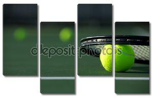 Теннисные мячи и ракетки