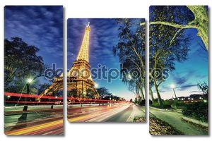 Париж - dec 1: Эйфелева башня показывает прекрасные огни на закате