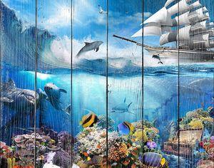 Вид на корабль и на подводный мир