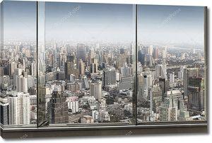 Панорамный вид окна и хороший большой город
