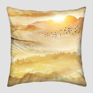 Абстрактная золотая иллюстрация пейзаж мраморные горы, восход солнца, стадо черных птиц в небе