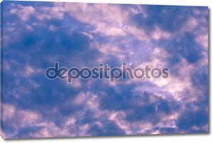 Нежно-розовые облака
