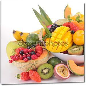 Обилие фруктов