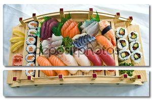 Японская кухня на подносе