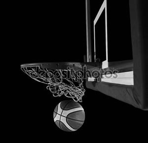 баскетбольный мяч и net на черном фоне