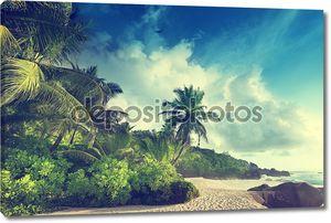 Закат на Сейшельских островах пляжа
