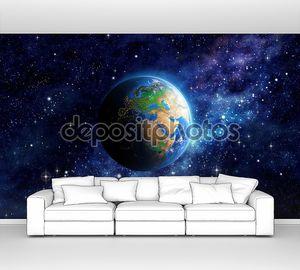 Планета Земля в космической колыбели