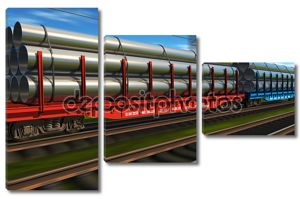 Высокая скорость грузового поезда с металлическими трубами