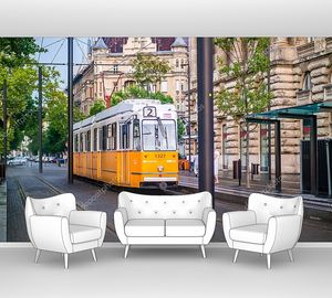Старый желтый трамвай