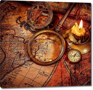 Винтаж увеличительное стекло на древней карте