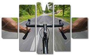 Велосипедист на скорости