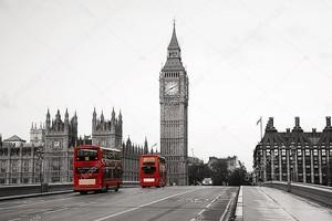 Вестминстерский дворец и автобусы