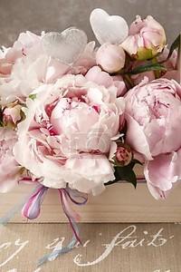 Деревянная коробка с Розовые пионы