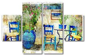 Старые стулья в таверне