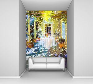 Залитая светом цветочная веранда