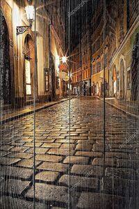 Таинственная аллея с фонарями в Праге