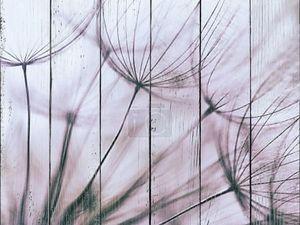 Винтаж фиолетовый цветок одуванчика абстрактный фон