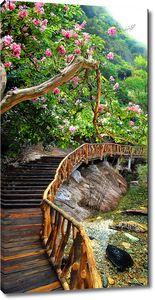 Деревянный мостик в горах